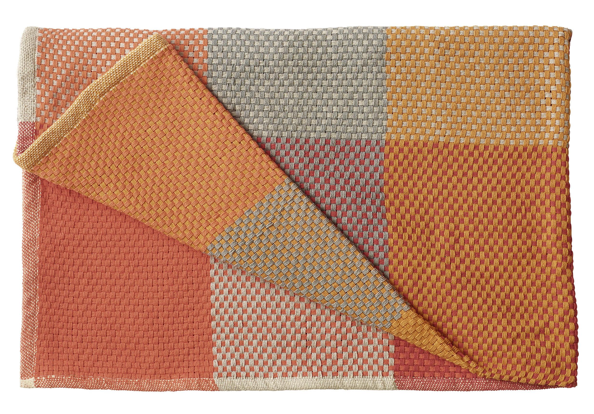 Decoration - Bedding & Bath Towels - Loom Plaid - /130 x 180 cm by Muuto - Tangerine - Cotton