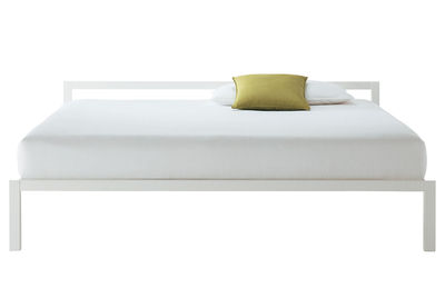 Furniture - Beds - Aluminium Double bed by MDF Italia - Bed 170 x 210 cm - Gloss white - Lacquered aluminium