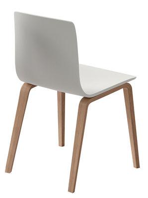Chaise Aava / Pieds bois - Arper blanc/bois naturel en matière plastique/bois