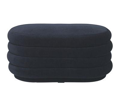 Arredamento - Pouf - Pouf Oval Medium - / 90 x 42 cm - Velluto di Ferm Living - Blu scuro - Espanso, Legno, Velluto