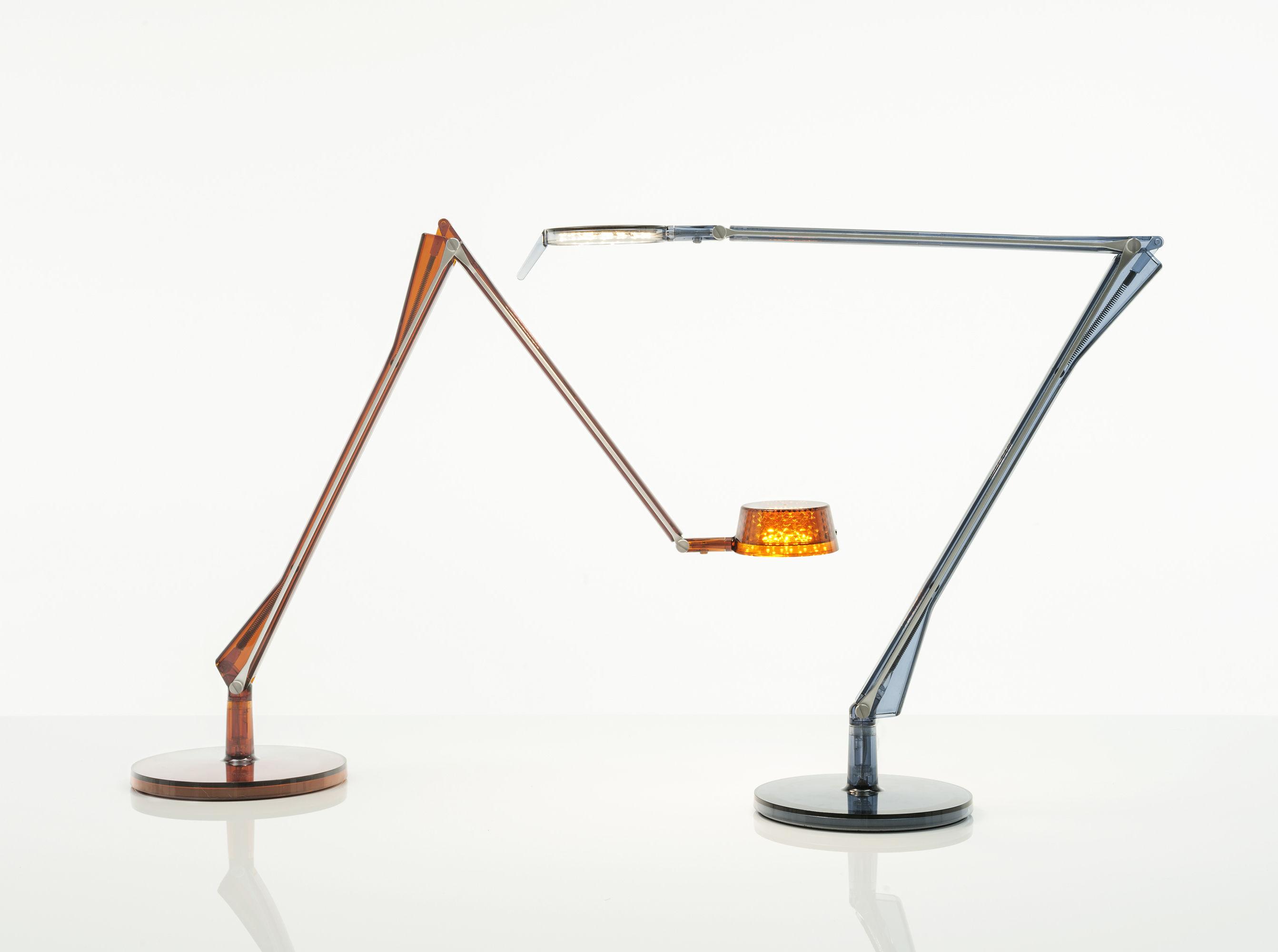 Lampada da tavolo aledin tec di kartell verde made in design for Lampada da tavolo verde