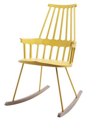 Mobilier - Fauteuils - Rocking chair Comback / Polycarbonate & pieds bois - Kartell - Jaune/Bois - Frêne teinté, Technopolymère thermoplastique