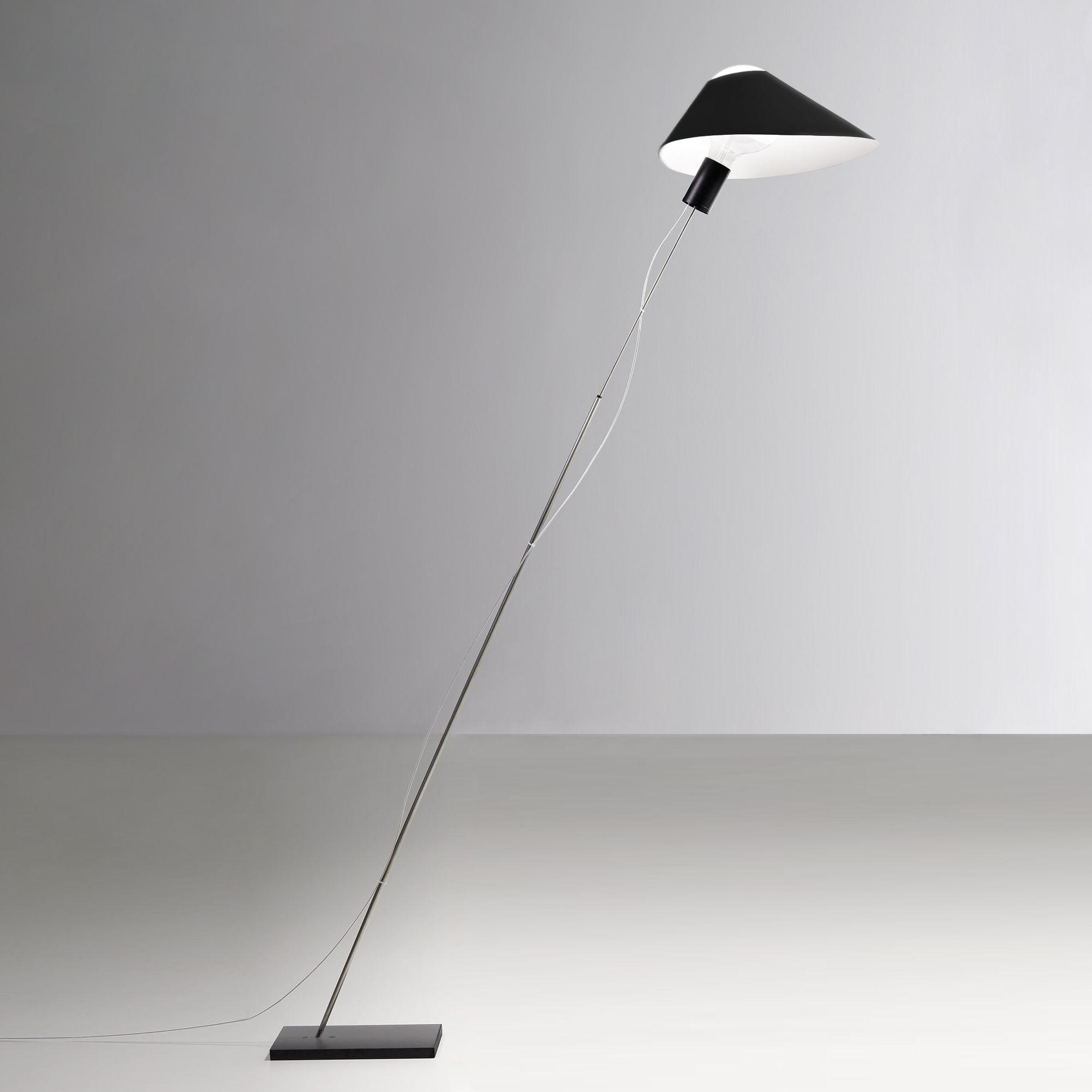 Leuchten - Stehleuchten - Glatzkopf Stehleuchte / Papier - Ingo Maurer - Schwarz - Metall, Papierfaser