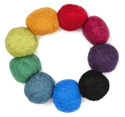 Tavola - Sottopiatti - Sottopentola Kula - in feltro di Normann Copenhagen - Multicolore - Feltro