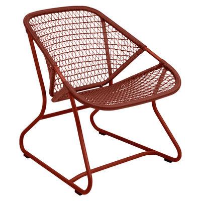 Möbel - Lounge Sessel - Sixties Lounge Sessel / Weiche Sitzfläche aus geflochtenem Kunststoff - Fermob - Ockerrot - Aluminium, Résine polymère