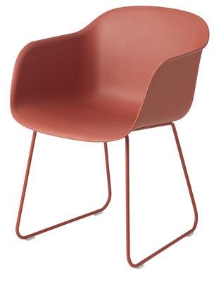 Chaise Fiber Pied traîneau Muuto rouge en matière plastique