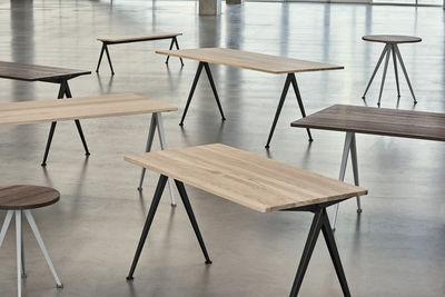 Pyramid n°01 rechteckiger Tisch 140 x 65 cm Neuauflage des Originals von 1959 Hay