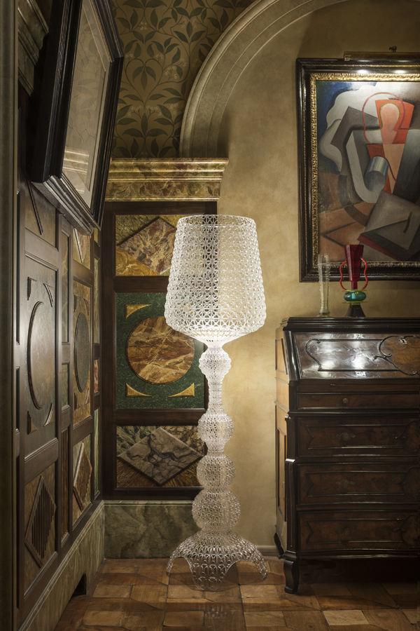 Lampada a stelo Kabuki Indoor di Kartell - Trasparente | Made In Design