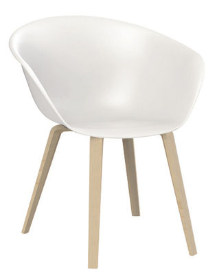 Furniture - Chairs - Duna 02 Armchair - Wood legs by Arper - White / Wood legs - Bleached oak, Polypropylene