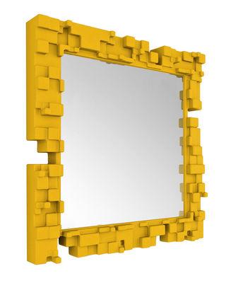 Miroir mural Pixel / 80 x 80 cm - Slide jaune en matière plastique