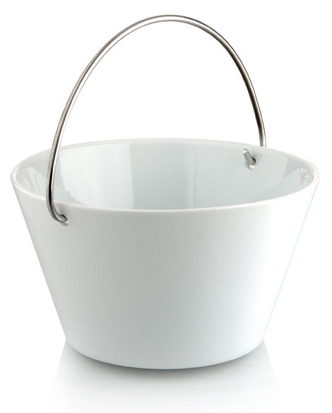Tableware - Bowls - Salad bowl - with handle - 1 L by Eva Solo - White - 1 L - China, Steel
