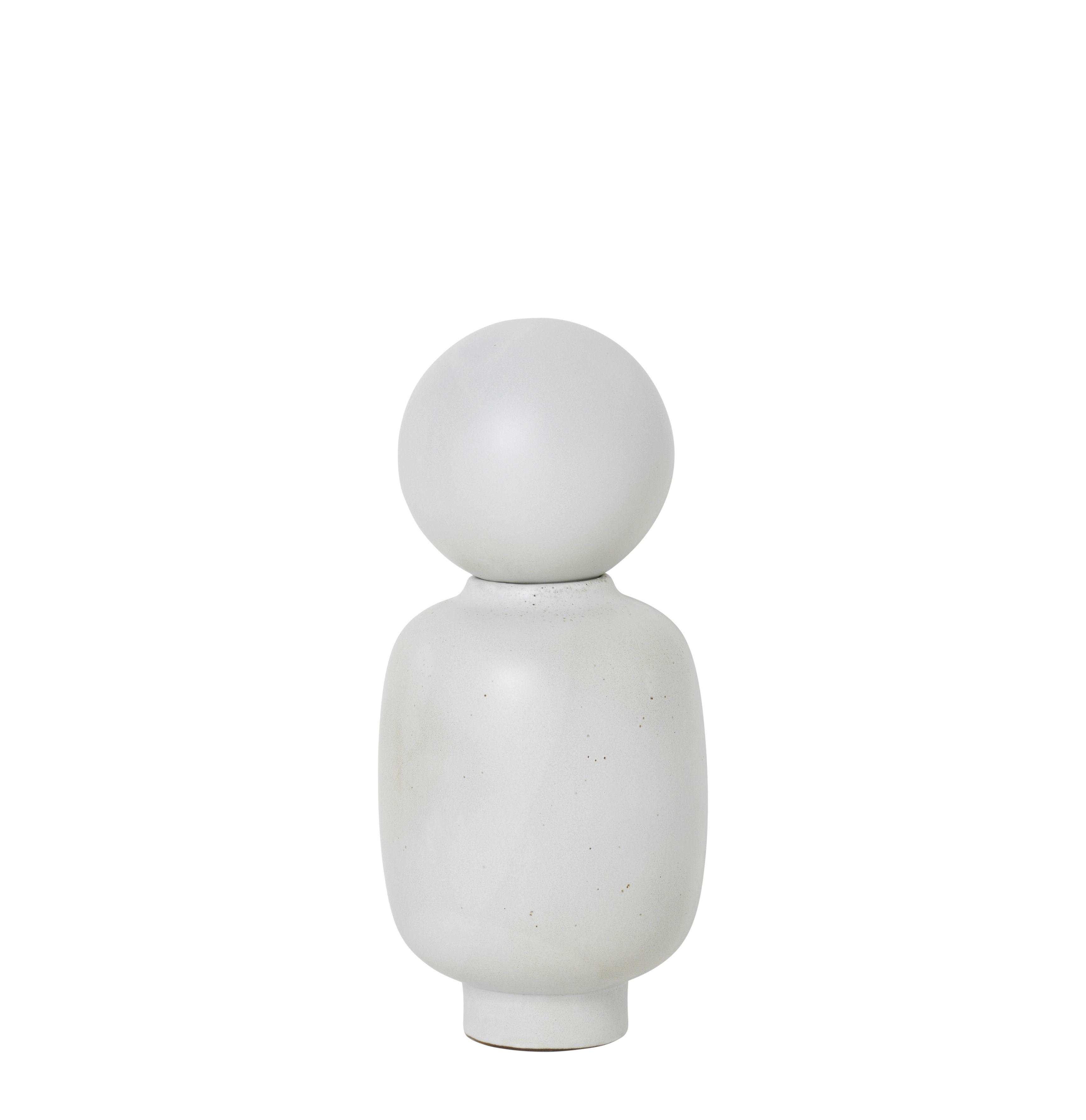 Dekoration - Vasen - Muses - Talia Vase / Ø 13 cm x H 28 cm - Ferm Living - Talia / weiß - emaillierter Sandstein