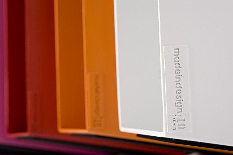 Scopri sgabellino joe a dondolo in serie limitata arancione di