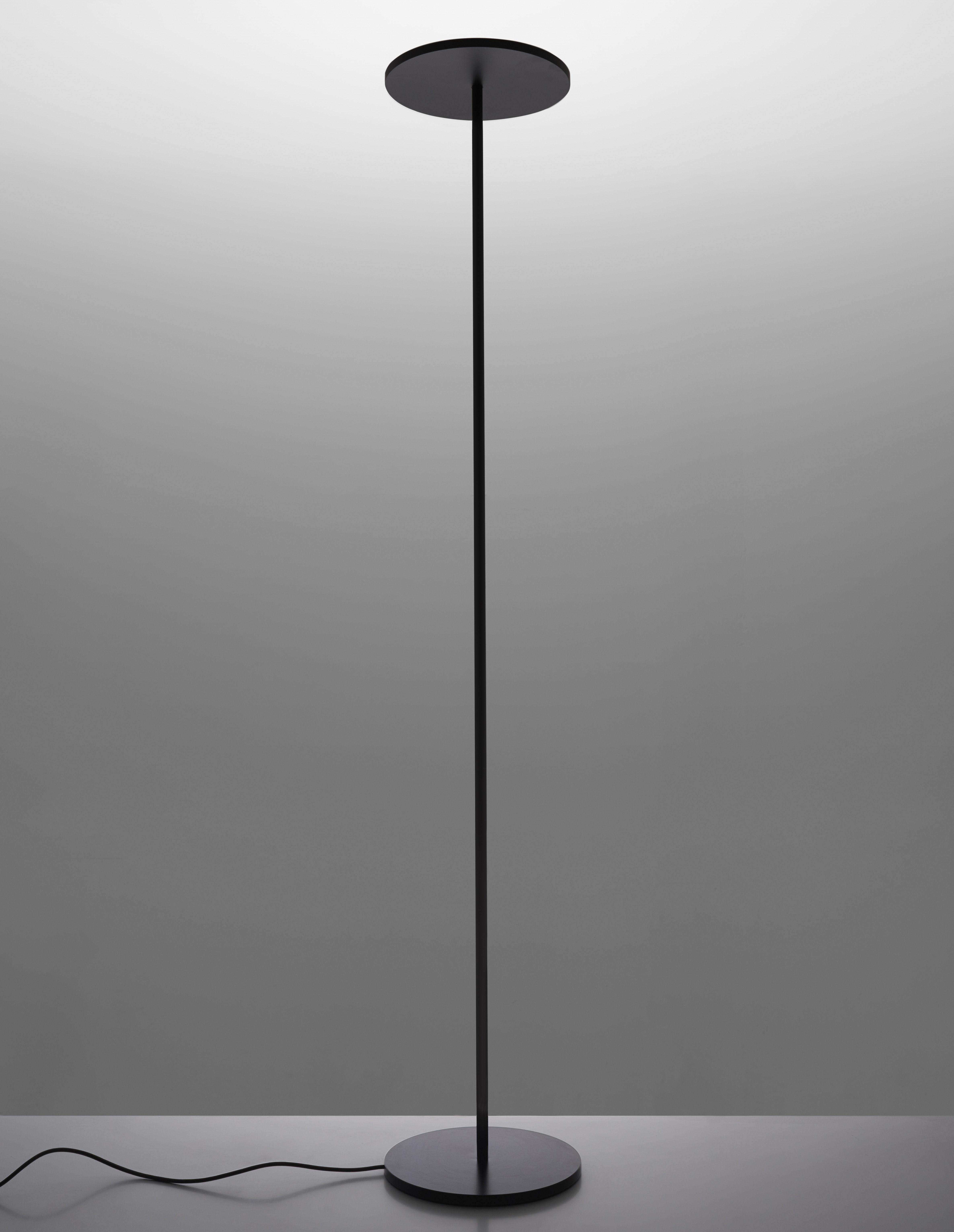 Leuchten - Stehleuchten - Athena Stehleuchte / LED - Artemide - Schwarz - Aluminium, Stahl