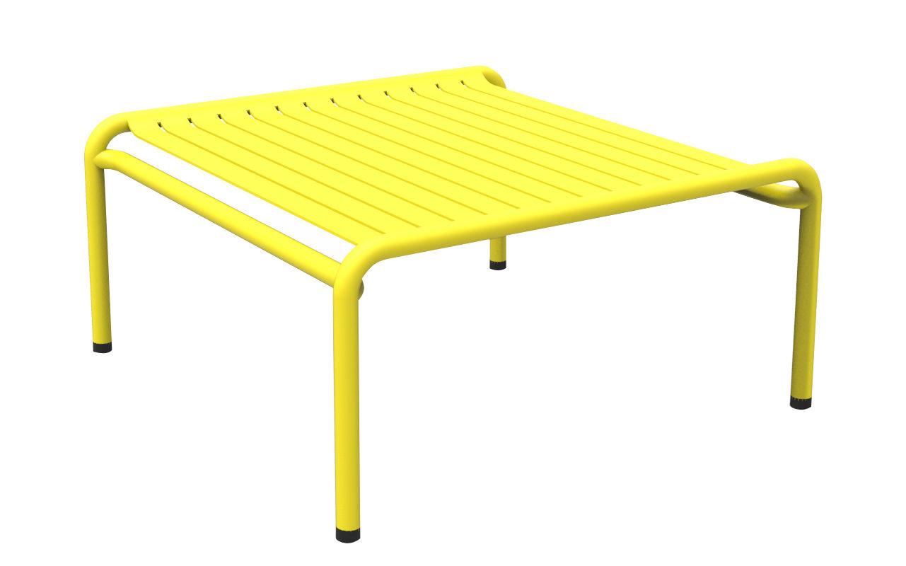 Mobilier - Tables basses - Table basse Week-end / 69 x 60 cm - Aluminium - Petite Friture - Jaune - Aluminium thermolaqué époxy