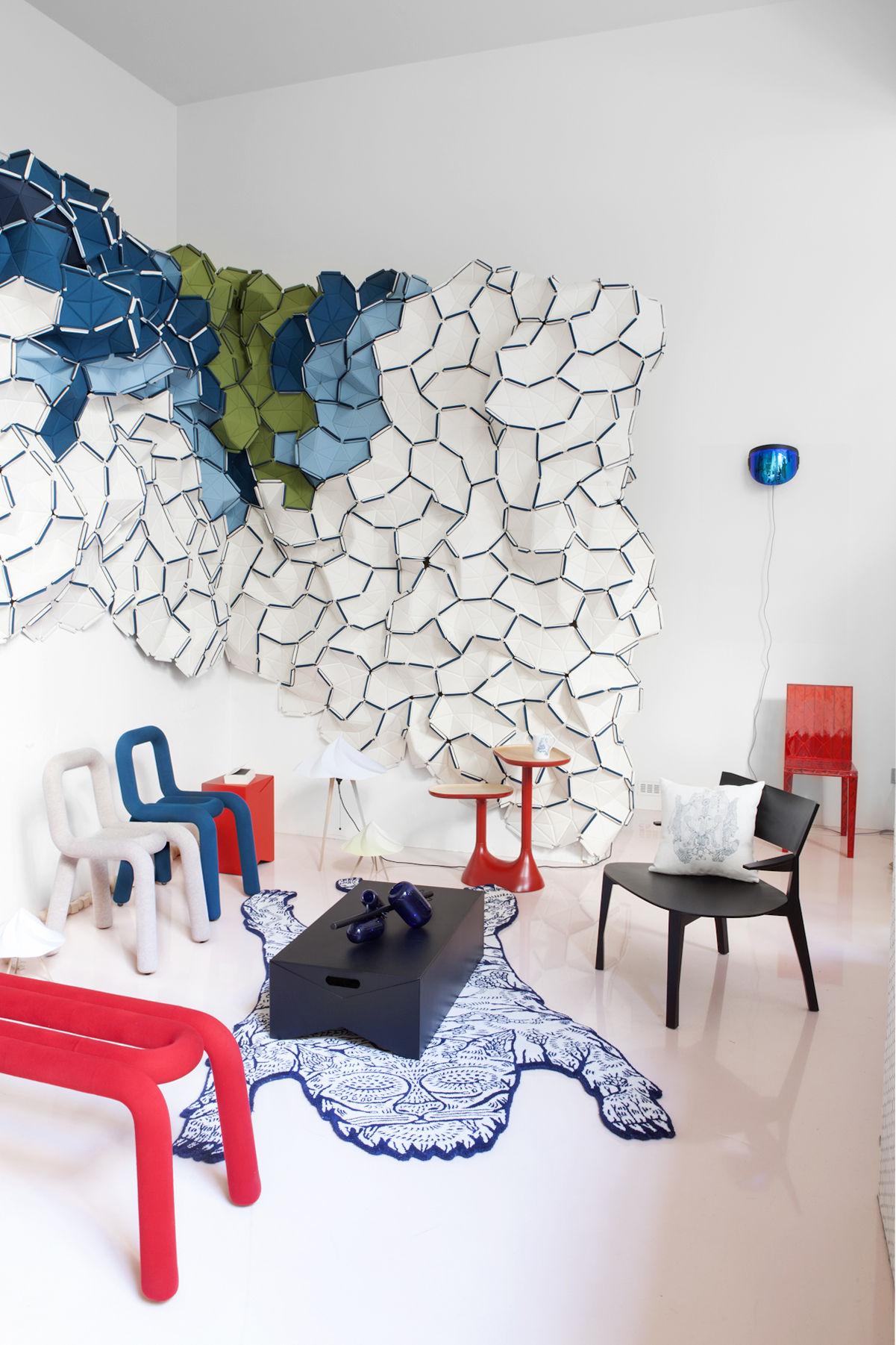 chaise rembourr e bold tissu bleu canard moustache. Black Bedroom Furniture Sets. Home Design Ideas