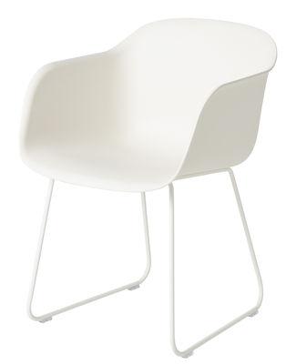 Möbel - Stühle  - Fiber Sessel / mit Kufengestell - Muuto - Weiß  / Fußgestell weiß - bemalter Stahl, Recyceltes Verbundmaterial