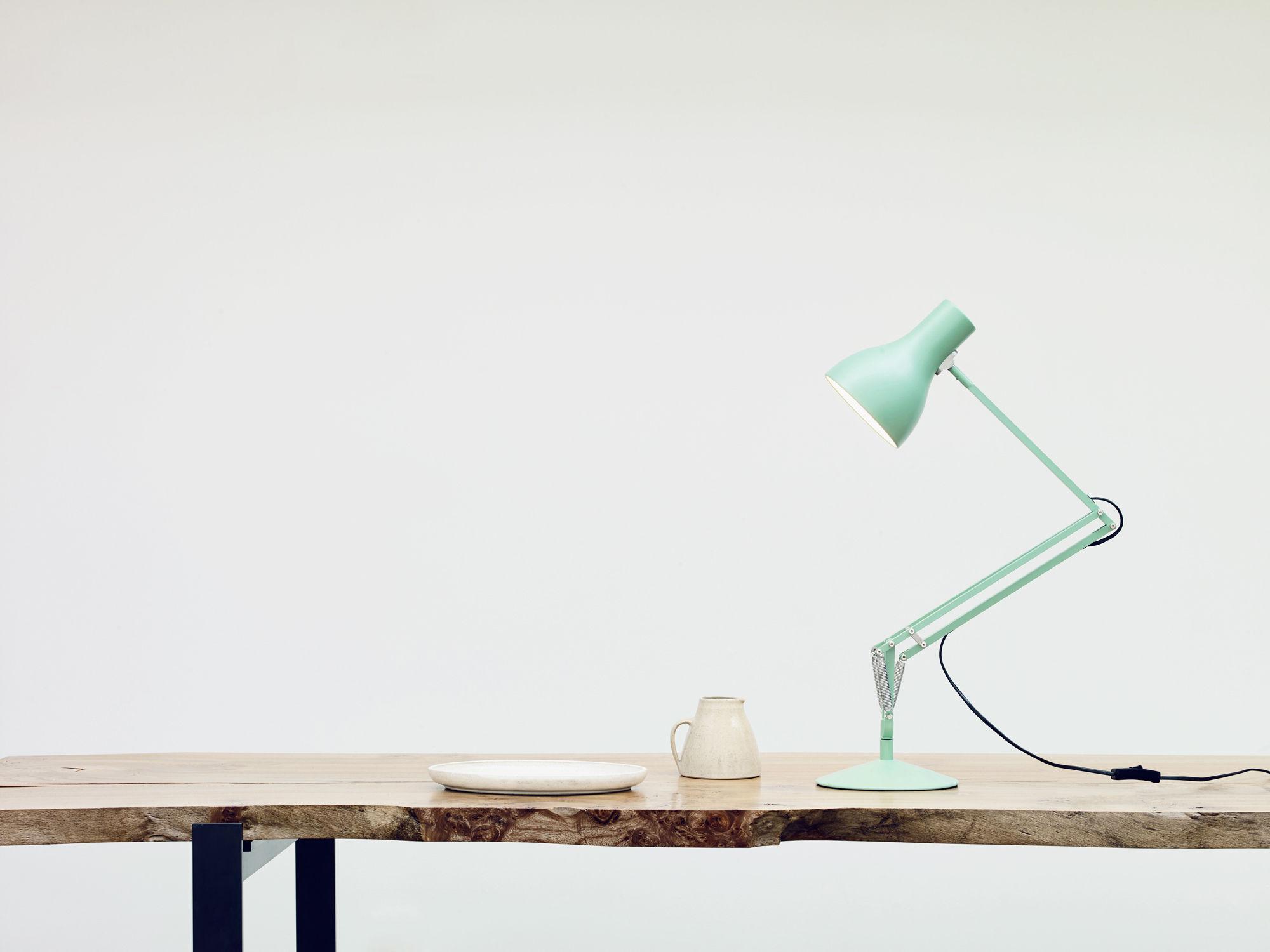 Lampada Ufficio Verde : Scopri lampada da tavolo type edizione limitata by margaret