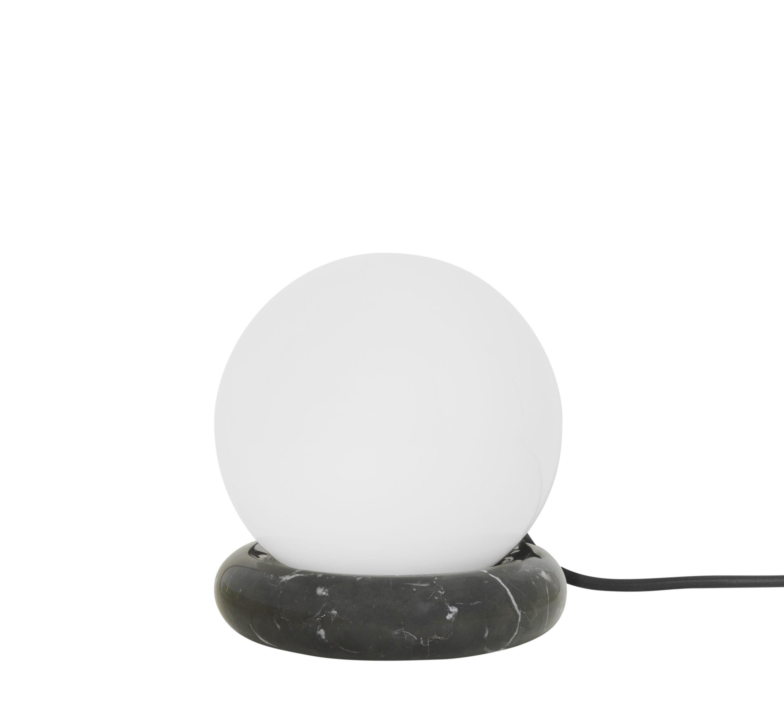 Luminaire - Lampes de table - Lampe de table Rest / Marbre & verre - Ferm Living - Noir /Globe blanc - Marbre, Verre opalin
