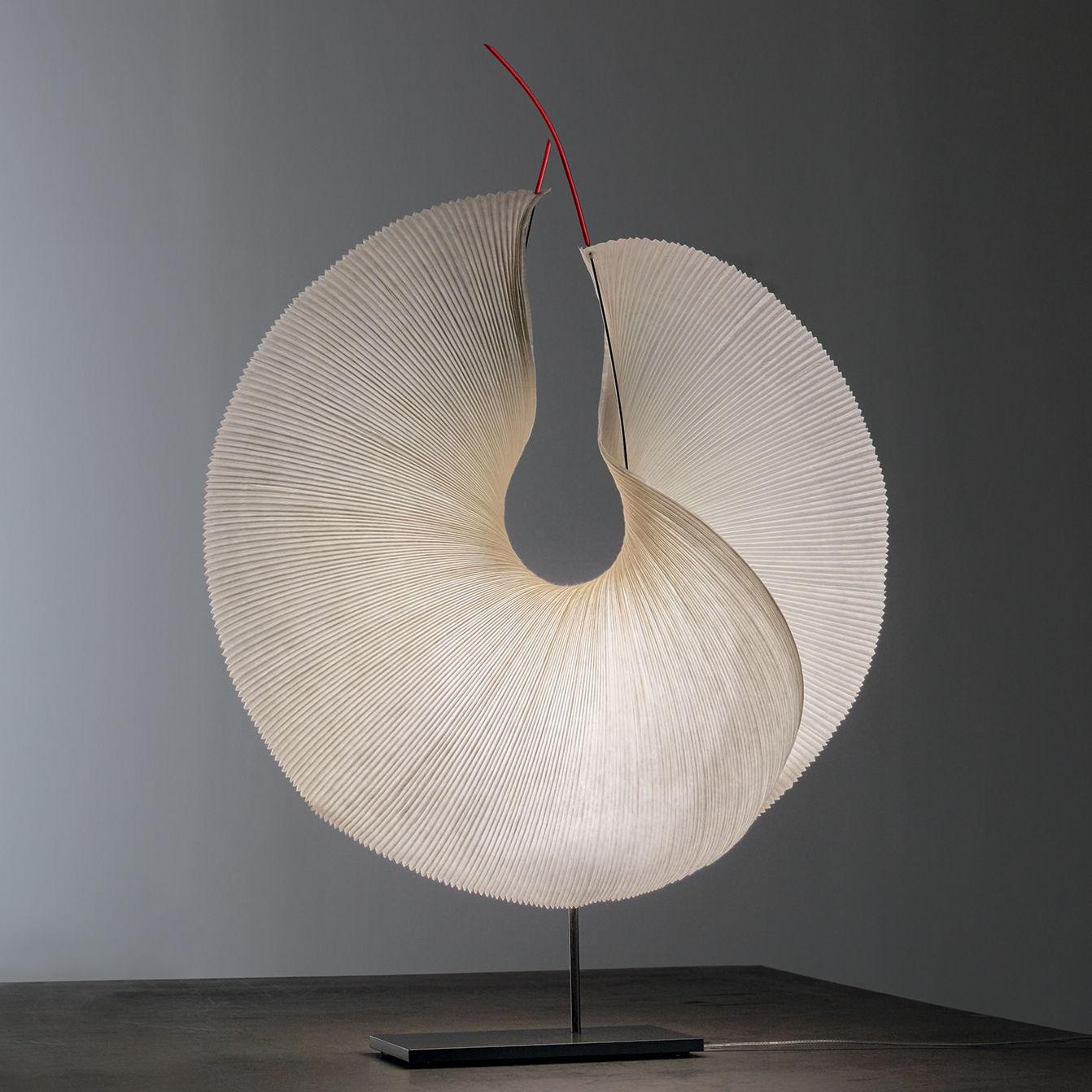Leuchten - Tischleuchten - The MaMo Nouchies LED Tischleuchte / Yoruba Rose - Ingo Maurer - Beige - lackiertes Metall, Papier japonais