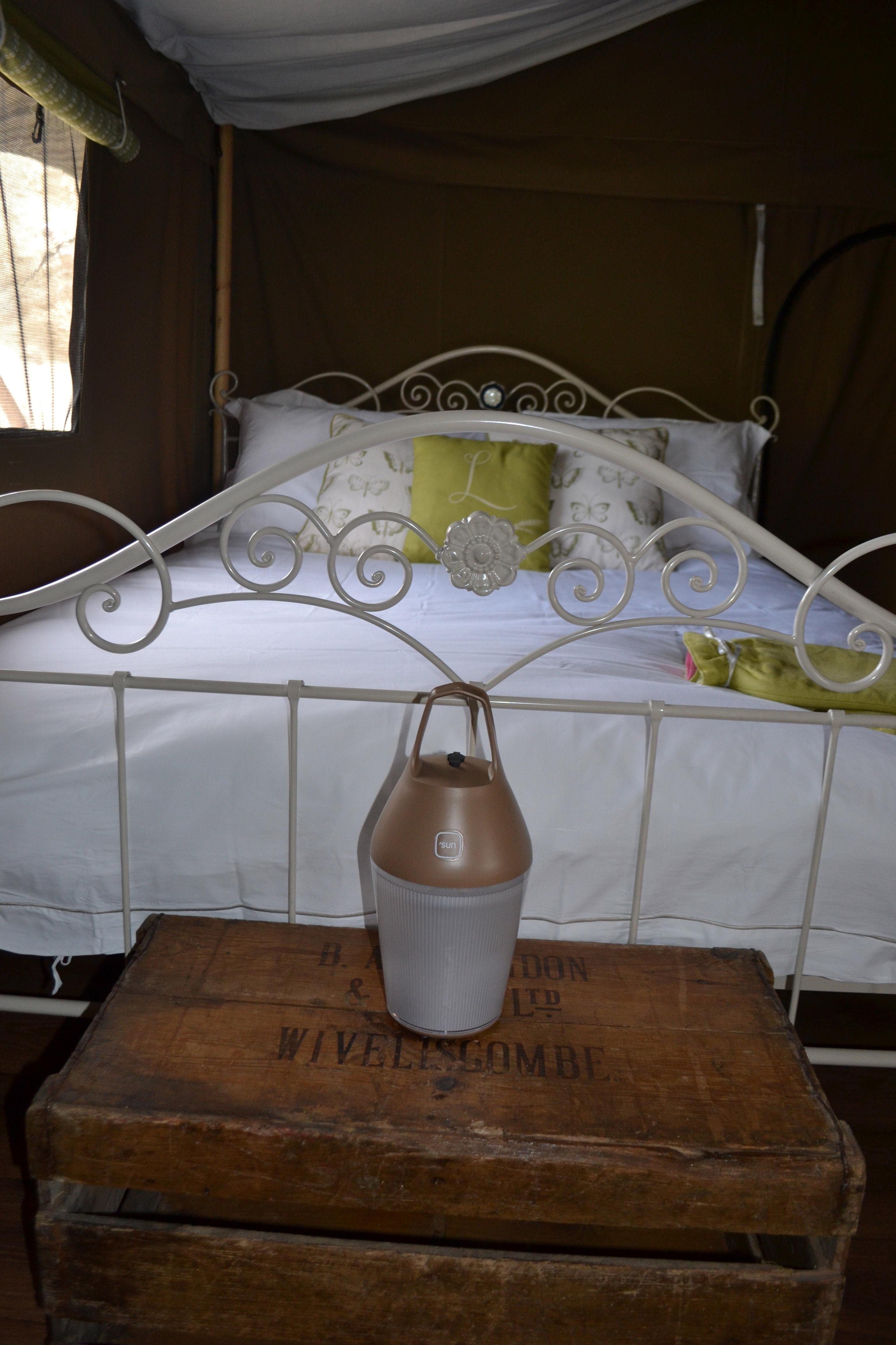 Scopri lampada senza fili nomad ricarica tramite elettricit ambre di o 39 sun made in design italia - Lampada da tavolo senza fili ...