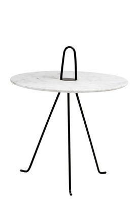 Arredamento - Tavolini  - Tavolino Tipi / Ø 42 x H 37 cm - Marmo - Objekto - Marmo bianco / Piede nero - Acciaio verniciato riciclato, Marmo di Carrara