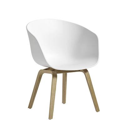 Fauteuil bas About a chair AAC42 / Plastique & chêne - Hay blanc,chêne savonné en matière plastique