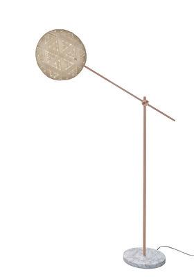 Illuminazione - Lampade da terra - Lampada a stelo Chanpen Hexagon - / Ø 36 - Motivi triangoli di Forestier - Beige / Rame - Marmo, Metallo, Tessuto in abaca