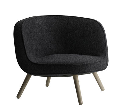 Furniture - Armchairs - VIA57 Padded armchair - Fabric by Fritz Hansen - Coal - Kvadrat fabric, Polyurethane foam, Solid oak, Steel