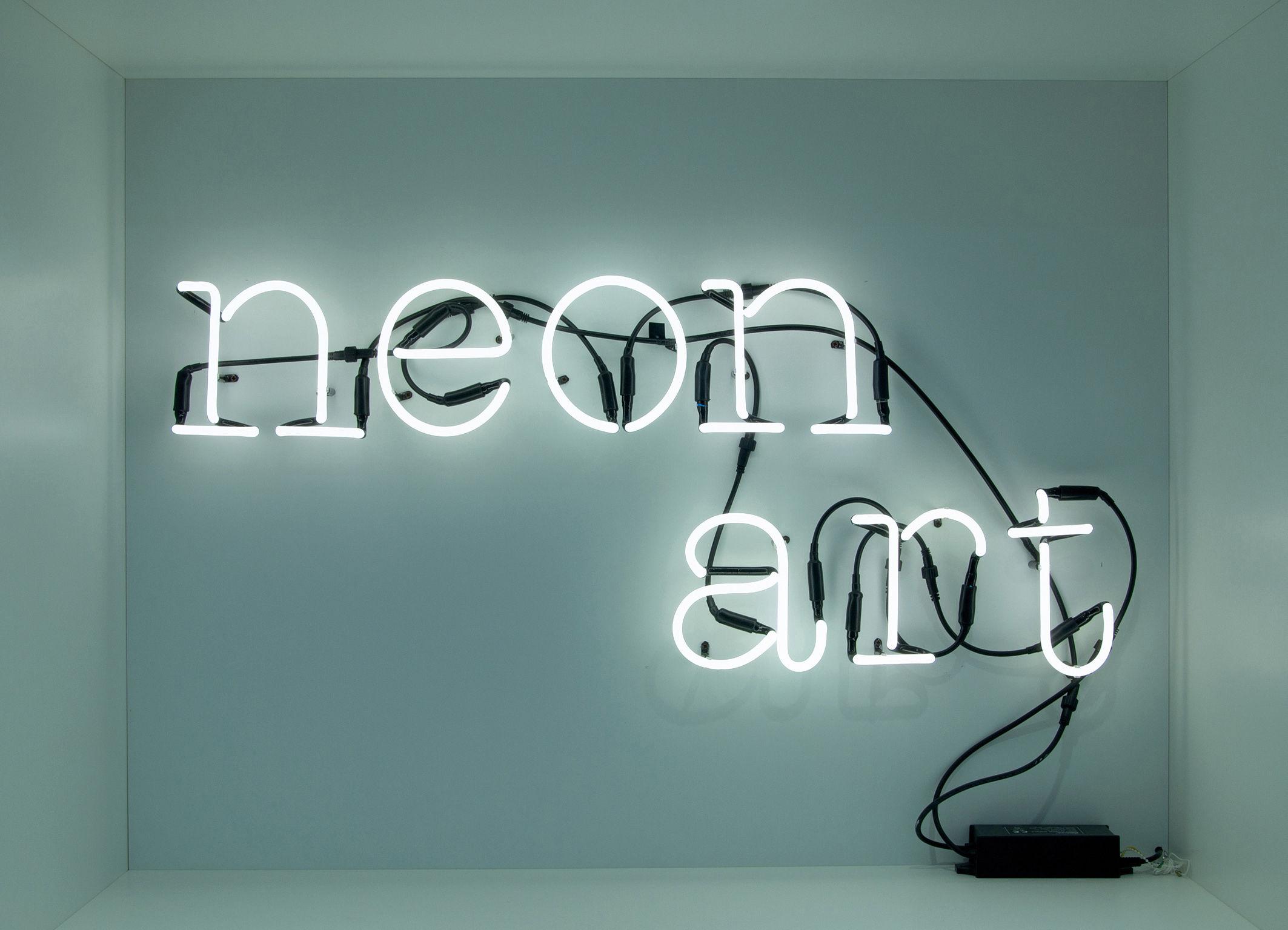 Applique neon art composition lettres art art blanc