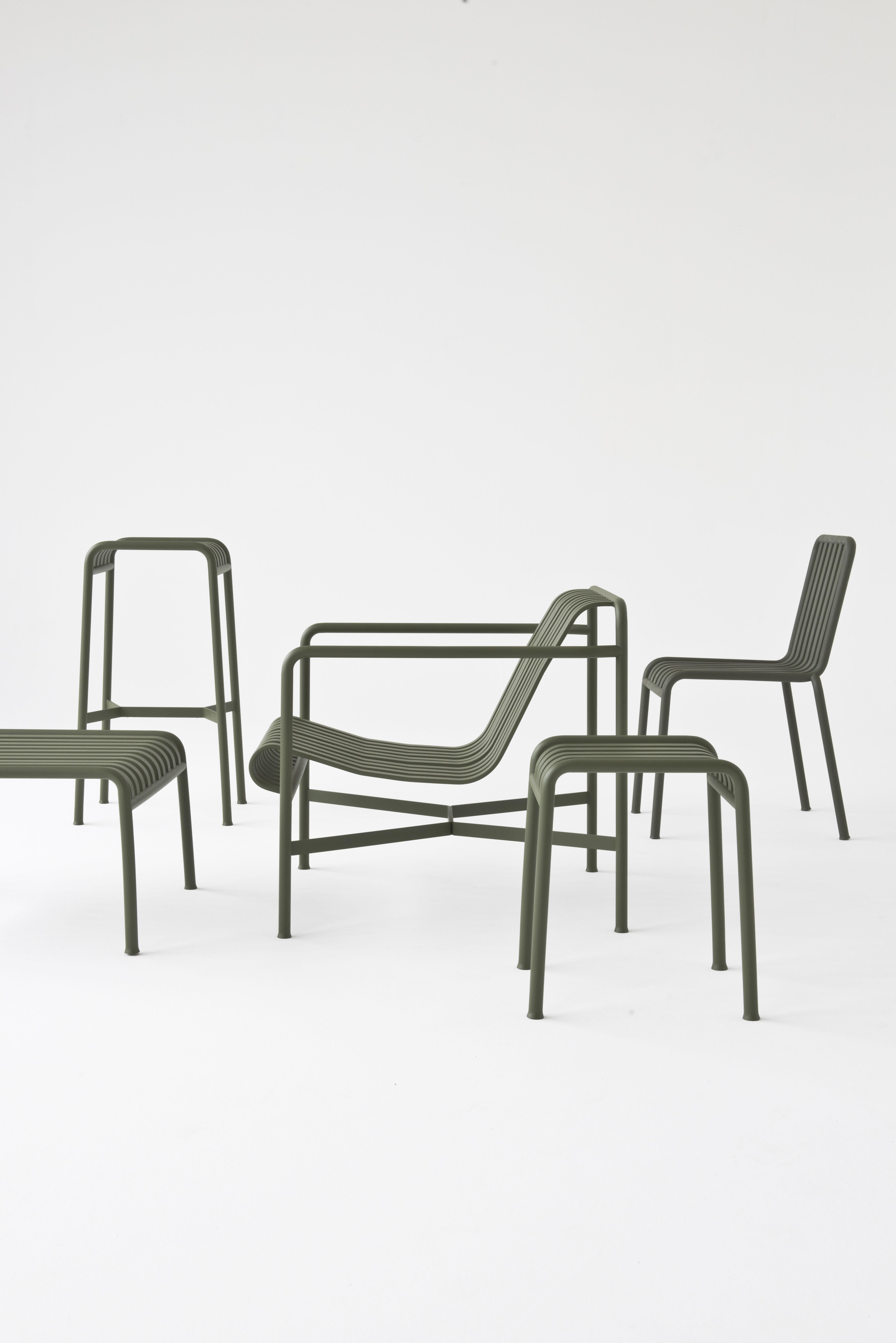 tabouret de bar palissade h 75 cm r e bouroullec vert olive hay made in design. Black Bedroom Furniture Sets. Home Design Ideas