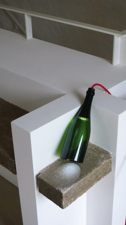 Lampada da tavolo bouteille torche l 39 atelier du vin - Lampada da tavolo verde ...