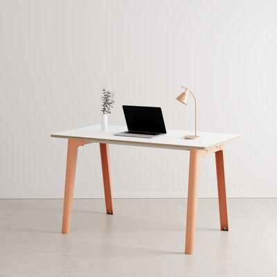 Bureau New Modern / 130 x 70 cm - Stratifié - TIPTOE rose en métal/bois