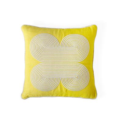 Interni - Cuscini  - Cuscino Pompidou Quatrefoil - / 40 x 40 cm - Lino & raso ricamato di Jonathan Adler - 40 x 40 cm / Giallo -  Duvet,  Plumes, Lin teint, Raso