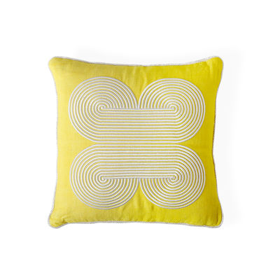 Dekoration - Kissen - Pompidou Quatrefoil Kissen / 40 x 40 cm - Leinen & bestickter Satin - Jonathan Adler - 40 x 40 cm / Gelb -  Duvet,  Plumes, Lin teint, Satin