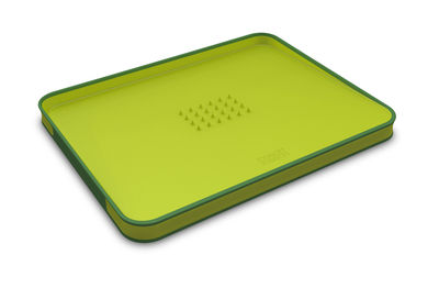 Cucina - Pratici e intelligenti - Tagliere Cut & Carve - Misura L - Inclinato di Joseph Joseph - Verde - Polipropilene