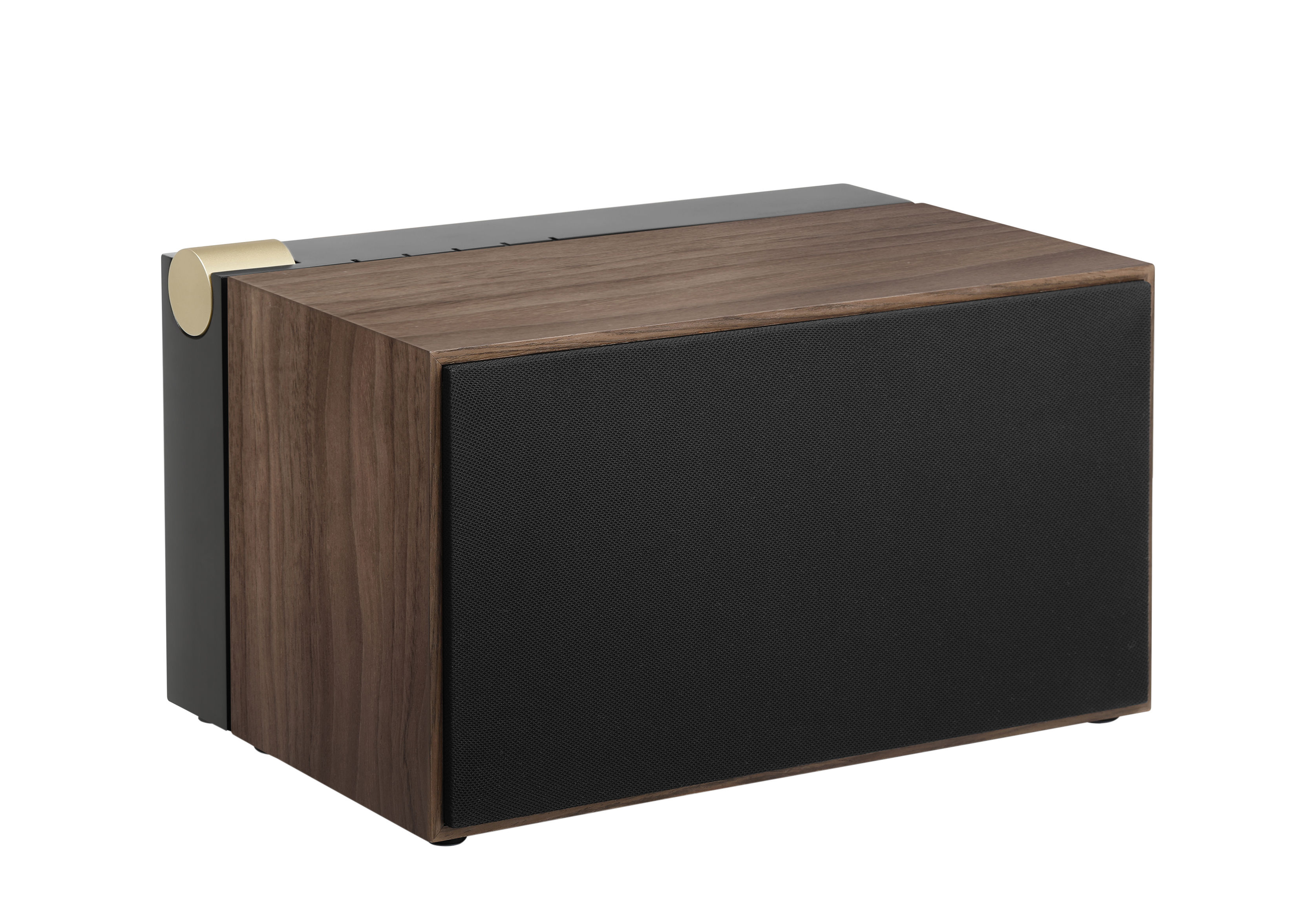 Dossiers - St-Valentin - Enceinte Bluetooth PR 01 / Avec technologie Active Pression Reflex - La Boîte Concept - Noir & noyer - Aluminium, Bois multiplis, MDF, Noyer naturel, Tissu