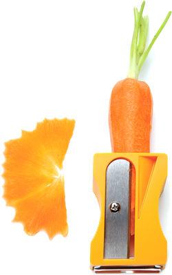 Cucina - Fun in the Kitchen - Sbuccia verdure Karoto - / Tagliaverdure di Pa Design - Arancione - ABS, Acciaio inossidabile