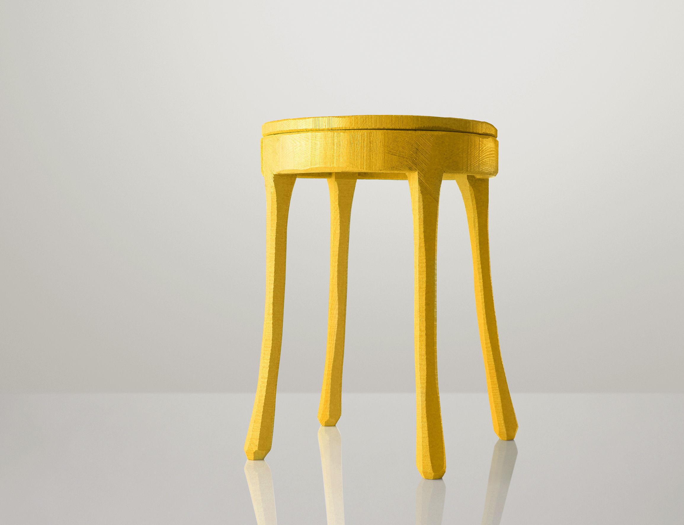 Scopri sgabellino raw giallo di muuto made in design italia