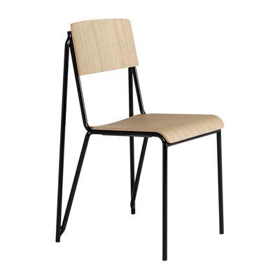 Mobilier - Chaises, fauteuils de salle à manger - Chaise empilable Petit standard / Acier & bois - Hay - Chêne / Pieds noirs - Acier thermolaqué, Contreplaqué de chêne