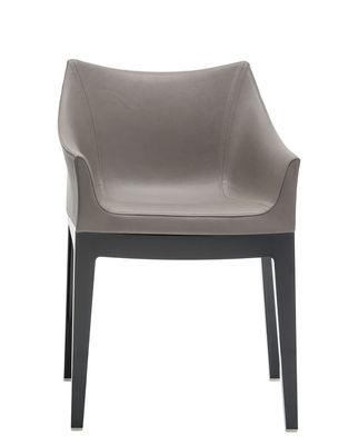 "Möbel - Stühle  - Madame Gepolsterter Sessel / Ecocuir - Kartell - Kunstleder ""Ecocuir"" taubengrau / Fußgestell schwarz - Ecocuir, Polykarbonat, Polyurethan-Schaum"