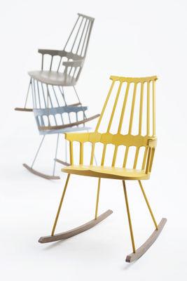 Sedia A Dondolo Kartell.Rocking Chair Comback Di Kartell Giallo Legno Naturale Made In