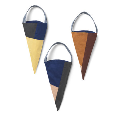 Decoration - Home Accessories - Christmas decoration - / Set of 3 cones to hang - Fabric by Ferm Living - Multicoloured - Coton  biologique
