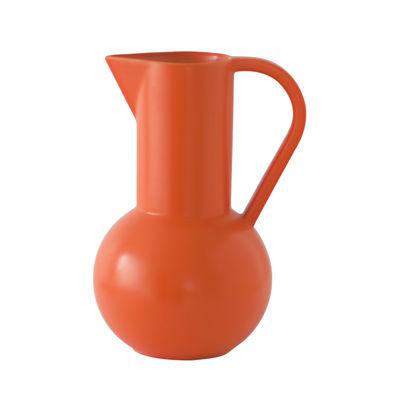 Arts de la table - Carafes et décanteurs - Carafe Strøm Large / H 28 cm - Céramique / Fait main - raawii - Orange Vibrant - Céramique