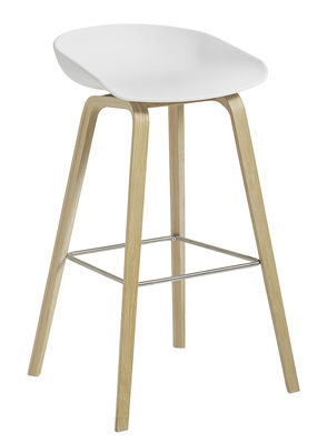 Sgabello bar About a stool AAS 32 H 65 cm Plastica & rovere verniciato opaco di Hay