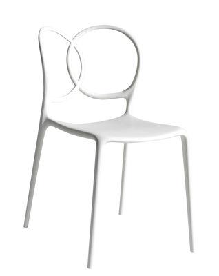 Möbel - Stühle  - Sissi Outdoor Stapelbarer Stuhl - Driade - Weiß - Glasfaser, Polyäthylen, Polypropylen