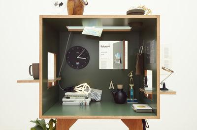 Scrivania In Legno Chiaro : Scrivania koloro ichiro verde scuro legno chiaro l h