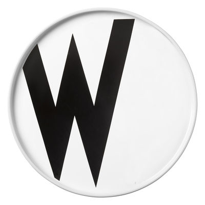Assiette Arne Jacobsen / Porcelaine - Lettre W - Ø 20 cm - Design Letters blanc en céramique