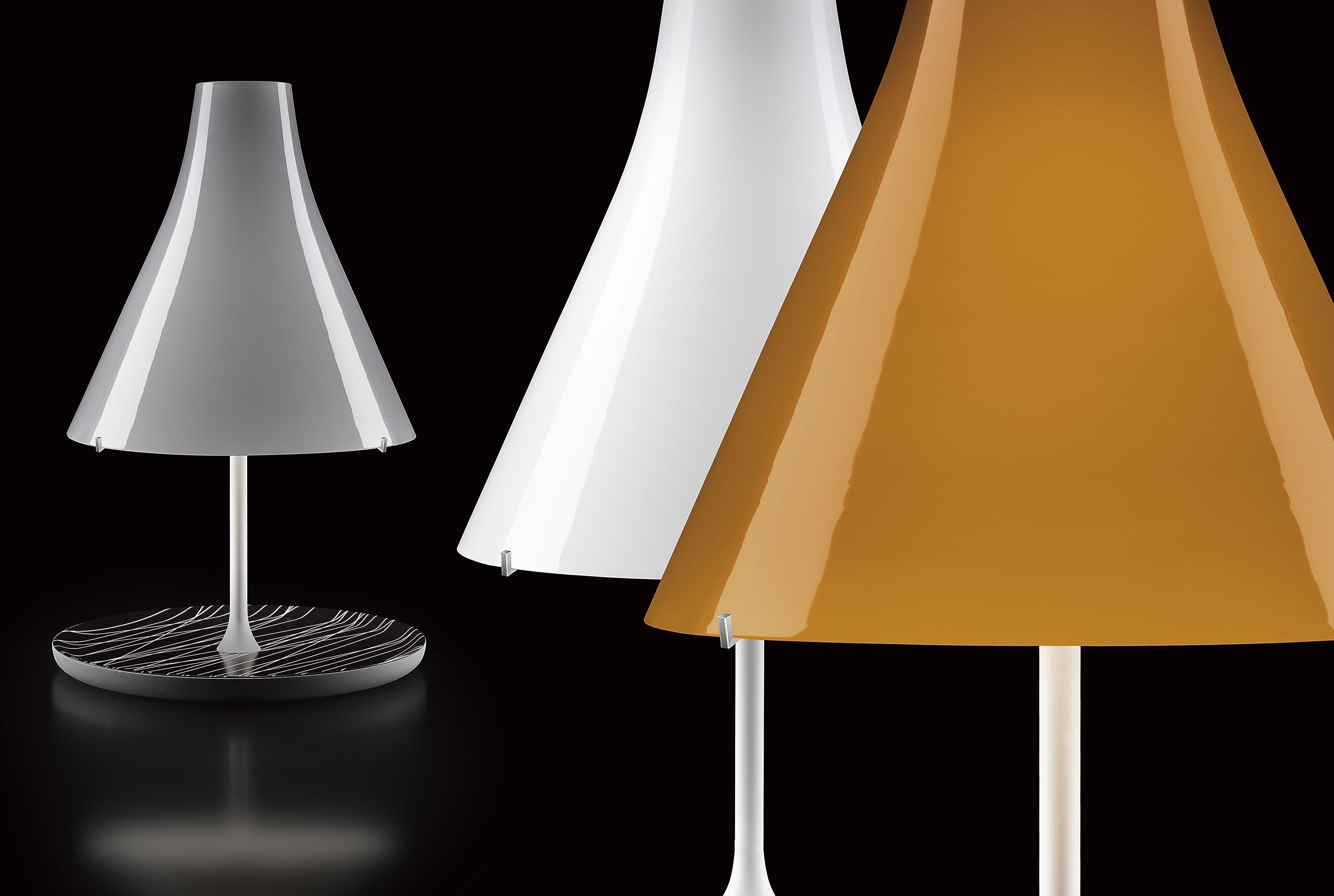Lampade In Vetro Soffiato : Lampada da tavolo tosca foscarini paralume bianco base bianca