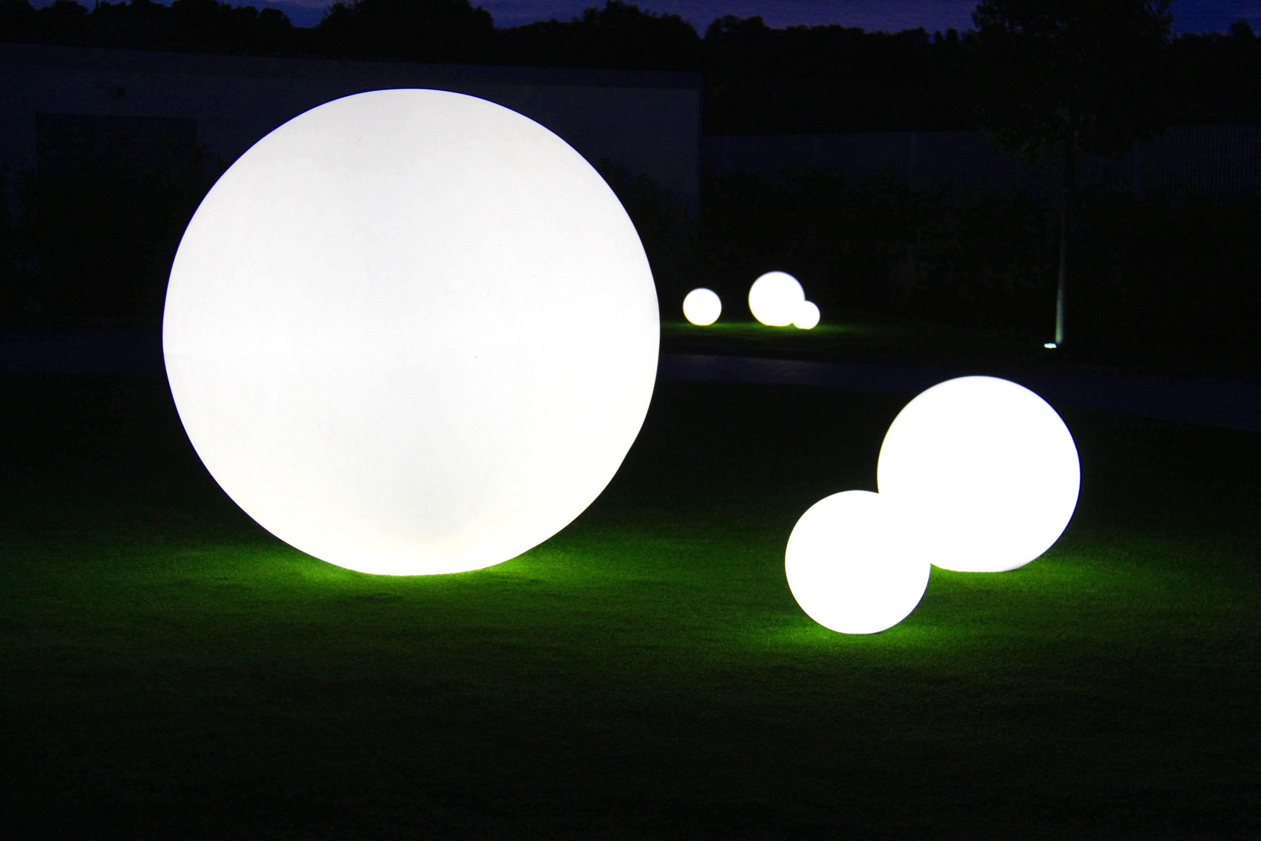 globo outdoor led lampe ohne kabel kabellos 40 cm f r den au eneinsatz wei f r den. Black Bedroom Furniture Sets. Home Design Ideas